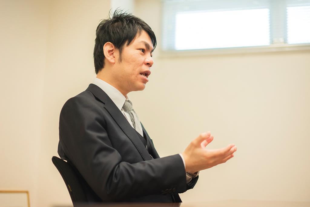 株式会社東・仲 斉藤 靖典